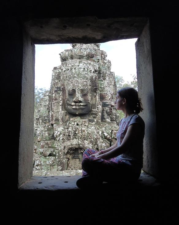 bayon templo camboja janela vista rosto